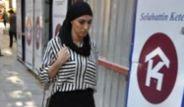 Galatasaraylı Futbolcu Amrabat Sevgilisiyle Yakalandı