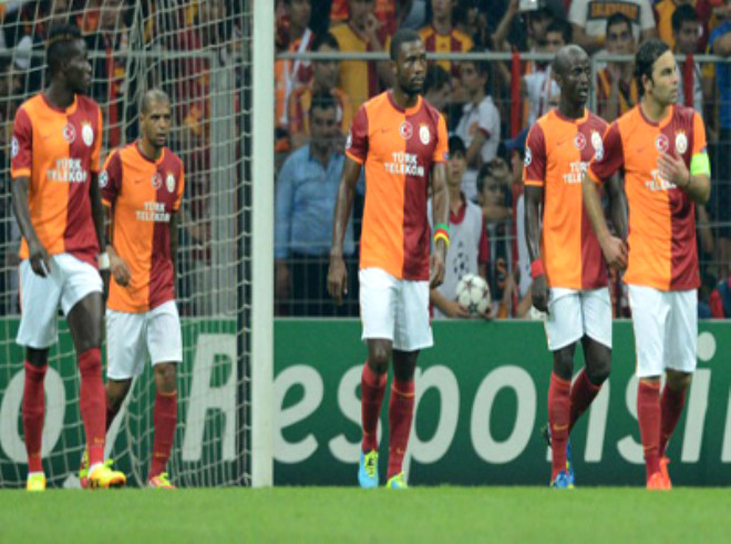 Ünlülerin Galatasaray - Real Madrid Maçı Tweetleri