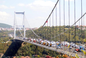 Fsm Köprüsü'nde Kamyoncu Eylemi (2)