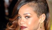 Ünlü Şarkıcı Rihanna Tayland'ı Karıştırdı