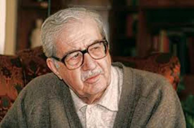 'Şu Çılgın Türkler' Kitabının Yazarı Turgut Özakman Kimdir?