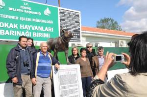 Edirne'de Hachiko Köpek Heykeline Bandolu Açılış