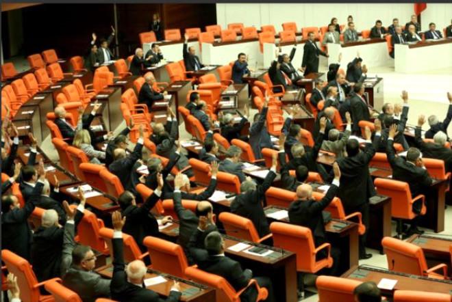 AK Parti´de Milletvekili Olamayacak İsimler