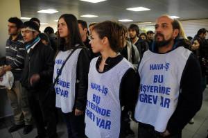 İTÜ'de Grevdeki THY İşçilerine Destek Eylemi