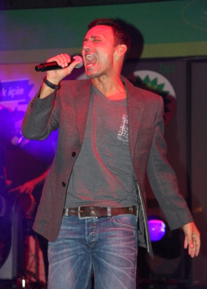 Mustafa Sandal Bursa'yı