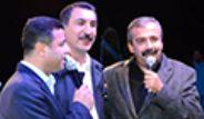 BDP'liler Ferhat Tunç Konserinde Türkü Söyledi