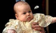 Prens William ve Düşes Kate Middleton Oğullarını Vaftiz Etti