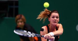 Serena Williams, Agnieszka Radwanska'yı 2 - 0 Yendi