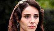Ünlü Oyuncu Nur Fettahoğlu, Levent Veziroğlu'yla Evleniyor Galerisi
