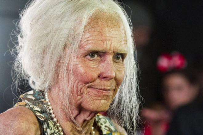 Heidi Klum, Cadılar Bayramı İçin 80 Yaşındaki Kadın Oldu