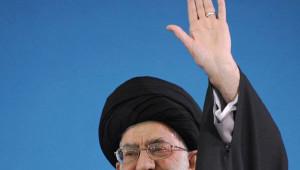 İran Lideri ABD'ye Yüklendi: Gülümseyen Düşmana Güvenmeyin