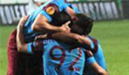 Trabzonspor, Legia Varşova'yı 2-0 Yendi