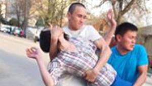 Kırgızistan'da Kızları Hangi Erkek Kaçırırsa Kocası O Oluyor