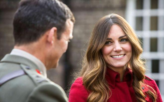 Kate Middleton'ın Beyaz Saçlı Hali Şaşırttı