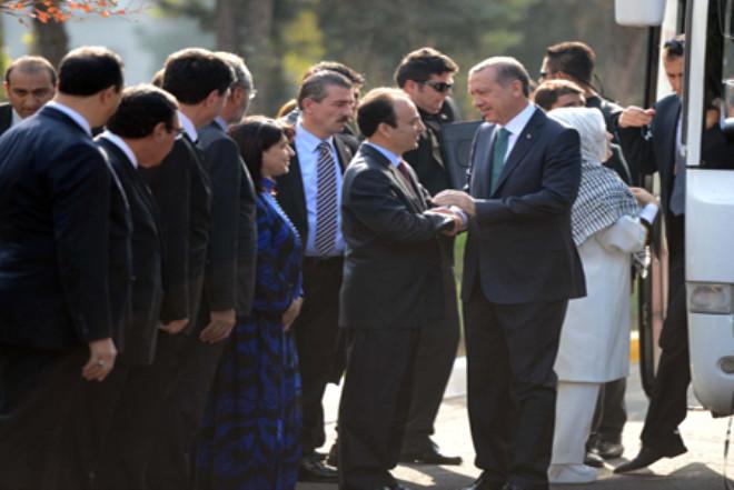 Başbakan Erdoğan, Diyarbakır Büyükşehir Belediyesi'nde