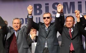 Erdoğan: Asimilasyon Bitti. Bütünüyle Tek Millet, Tek Bayrak Var