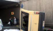 Güngören'de Minibüs Köprüden Uçtu: 2 Ölü
