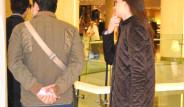 İlker Aksum, Önceki Gün Kız Arkadaşıyla Akmerkez'de Görüntülendi