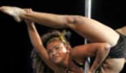 Güney Amerika'da Direk Dansı Yarışması Düzenlendi