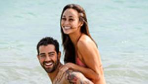 Jesse Metcalfe ve Nişanlısı Cara Santana Güneşin Tadını Çıkarıyor