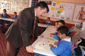Ağrı Milli Eğitim Müdürü Başak Köy Okullarını Gezdi