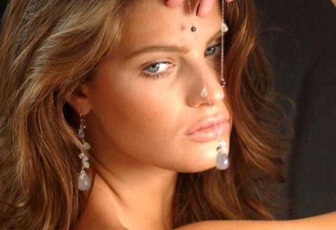 Isabeli Fontana. Brezilyalı modelin biyografisi 7