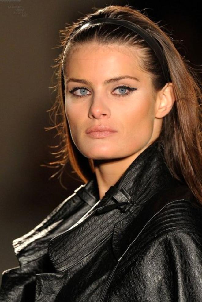Isabeli Fontana. Brezilyalı modelin biyografisi 99
