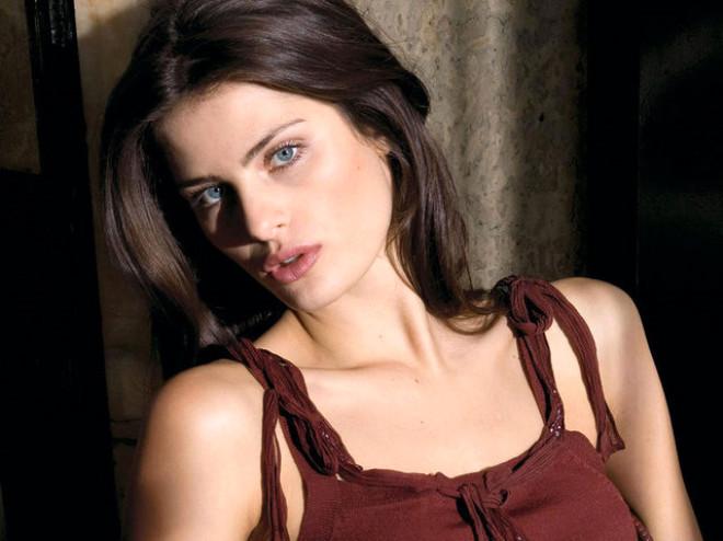 Isabeli Fontana. Brezilyalı modelin biyografisi 22
