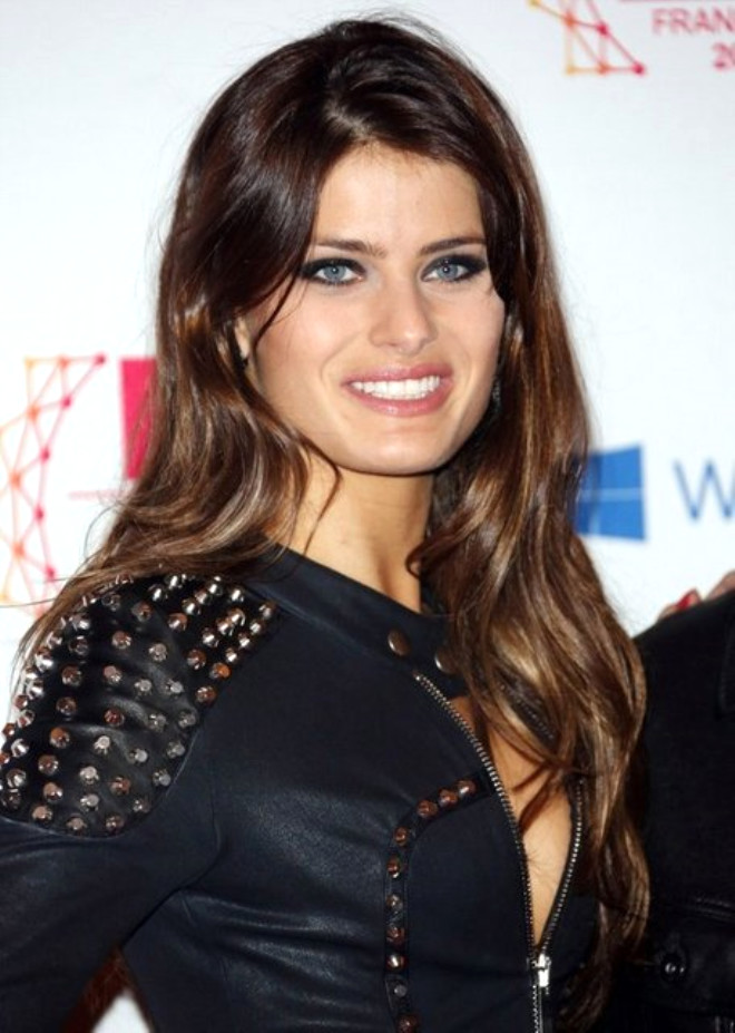 Isabeli Fontana. Brezilyalı modelin biyografisi 35