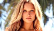 Alman Model Toni Garrn Karayipler'de Fena Yakalandı
