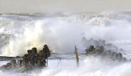 Danimarka'da Deniz Yükseldi Kentleri Su Bastı