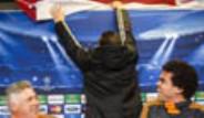 Protesto Pankartı Ancelotti ve Pepe'yi Şaşırttı