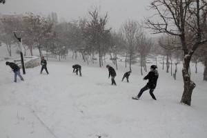 Balıkesir'de Okullara Kar Tatili (2)