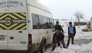 Cizre-Nusaybin Karayolunda Vatandaşlar 40 Saattir Mahsur