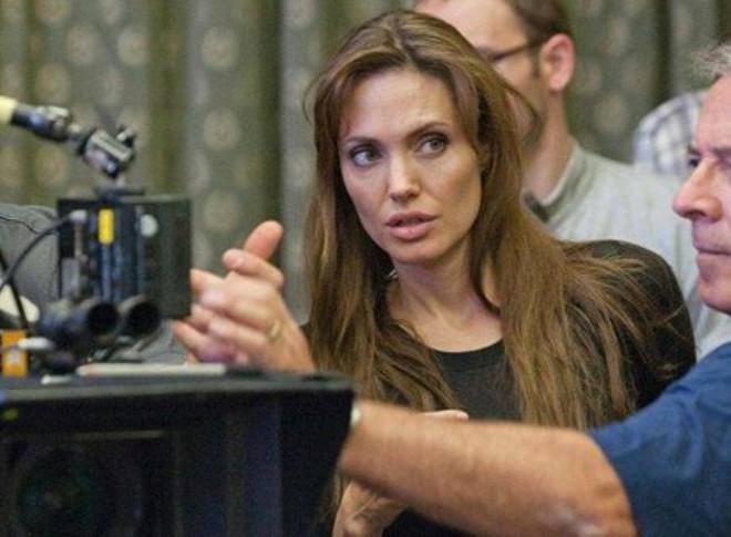 Angelina Jolie Sette Bayıldı