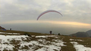 Aralık Ayında Yamaç Paraşütü Keyfi
