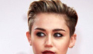 Miley Cyrus Deezer'da Bir Numara Oldu