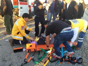 Tren, Otomobile Çarptı: 5 Yaralı