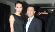 Mustafa Sandal ve Eşi Emina Yeni Yıla Eğlenerek Girdi