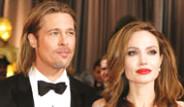 Angelina Jolie, Brad Pitt'e Şelale Aldı Galerisi
