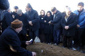 Genç Doktorun Cenazesi Toprağa Verildi