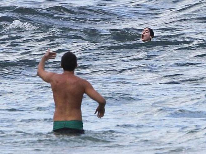 Anne Hathaway Boğulma Tehlikesi Geçirdi