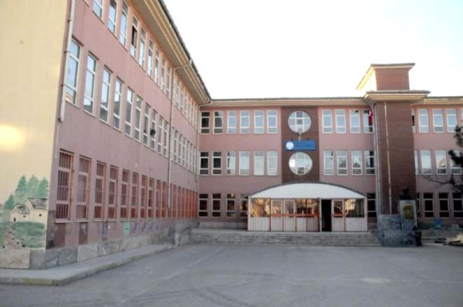 Şanlıurfa Akçakale'de Okullar Tatil Edildi
