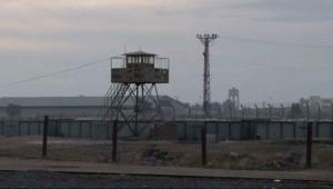 Işid Askerleri Telabyat Sınır Kapısını Ele Geçirdi