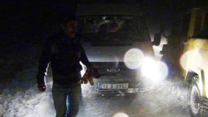 Karda Mahsur Kalan Öğrenciler, 4 Saatte Kurtarıldı