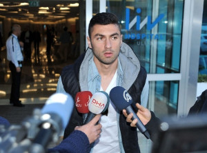 Galatasaray Yönetimi ve Futbolcularından Aydın Yılmaz'a Moral Ziyareti