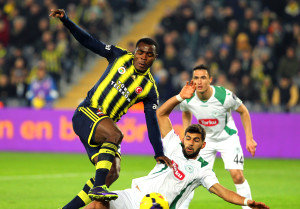 Fenerbahçe: 1 - Torku Konyaspor: 1 (Ilk Yarı)