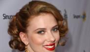 Scarlett Johansson Parayı Tercih Etti