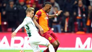 Galatasaray: 4 - Bursaspor: 0 (Ilk Yarı)