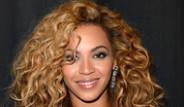 Beyonce Aşkını Külotlara Yazdırdı
